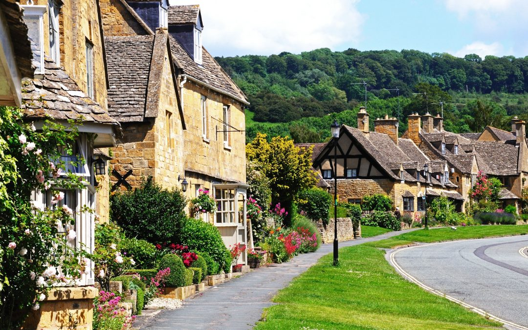 ONLINE ESTATE AGENTS VS HIGH STREET: THE DIFFERENCES